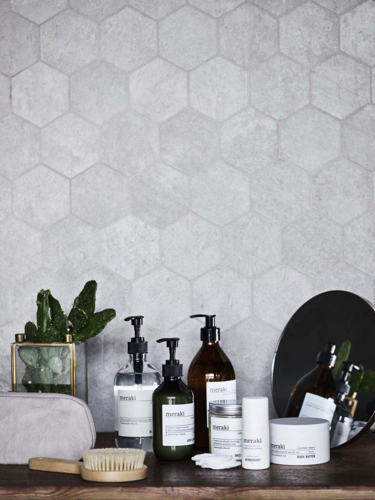 Florenza-Kontich-Ekeren-Schilde-bloemen-en-planten-decoratie-interieurinrichting-meraki-zeep-cadeau-dispenser-2