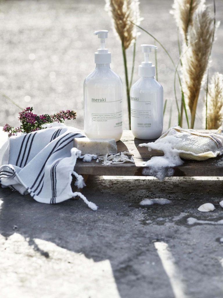 Florenza-Kontich-Ekeren-Schilde-bloemen-en-planten-decoratie-interieurinrichting-meraki-zeep-cadeau-dispenser-4