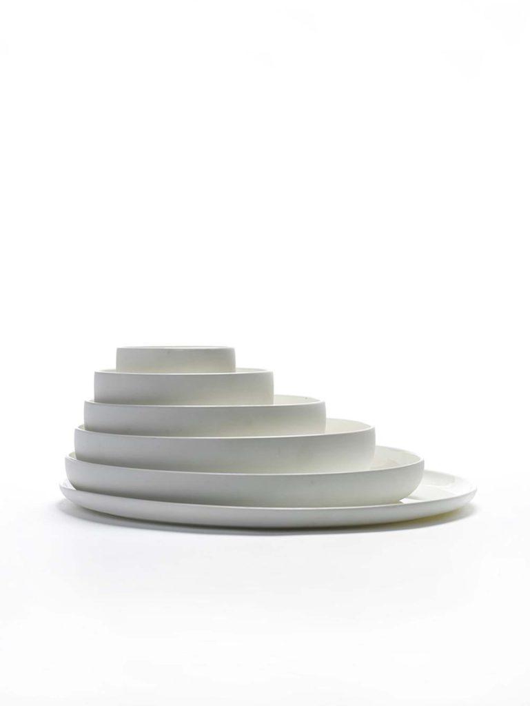Florenza-Kontich-Ekeren-Schilde-bloemen-en-planten-decoratie-interieurinrichting-serax-servies-bord-wit-brood